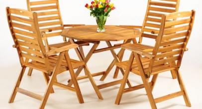 Balkonový nábytek nemusí být fádní! Užijte si venku klid a pohodu