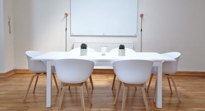 Vybíráte novou obývací stěnu? V jednoduchosti je síla a půvab